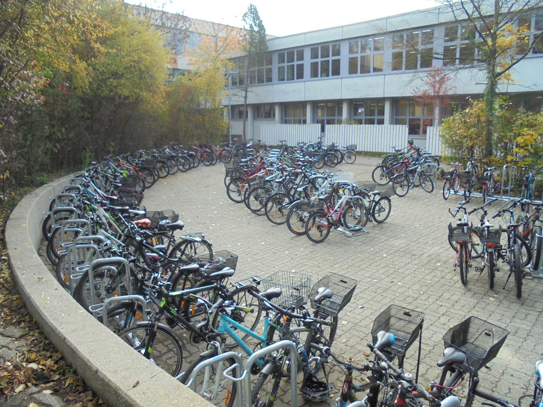 200 neue Fahrradstellplätze am THG
